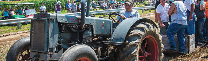 thresheree case tractor pull
